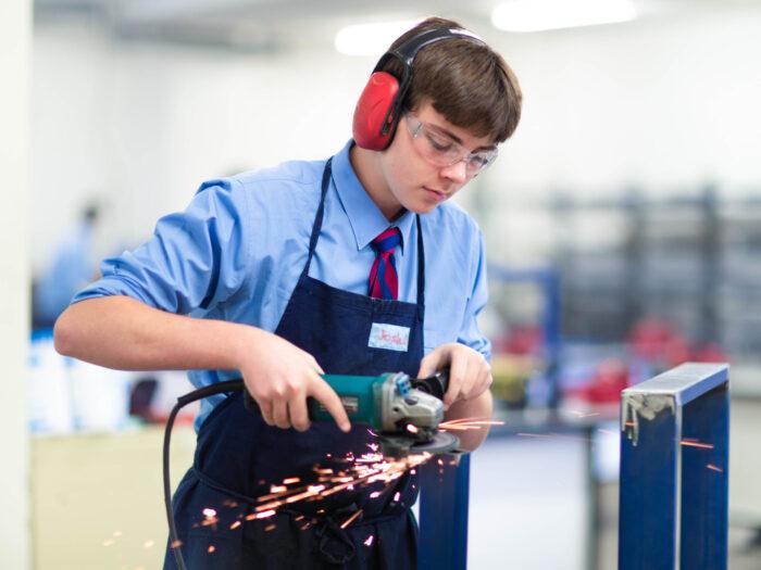 Joeys boy in TAS using tools